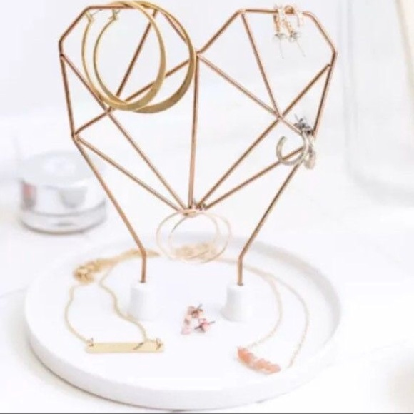 Rose Gold Wire Heart Jewelry Holder❤️FINAL PRICE❤️ NWT